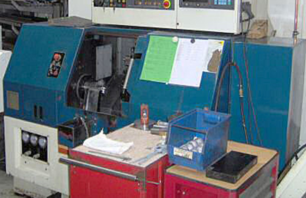 mechanische metallbearbeitung schoenebeck mierwald cnc drehzentrum Takisawa leadwell stangelader drehen maschine drehmaschine bearbeitungszentrum rotationssymmetrische Werkstücke bedienpult