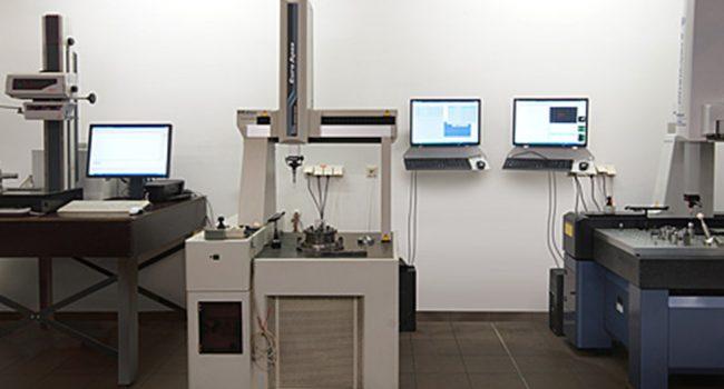 mechanische metallbearbeitung schoenebeck mierwald cnc messen pruefen pruefgeraete geraete maschine bearbeitungszentrum