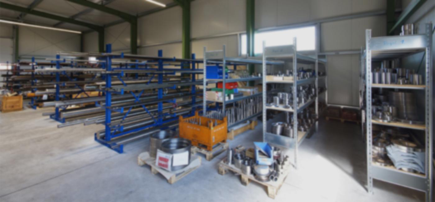 mechanische metallbearbeitung schoenebeck mierwald gmbh firma unternehmen lagerhalle materialien