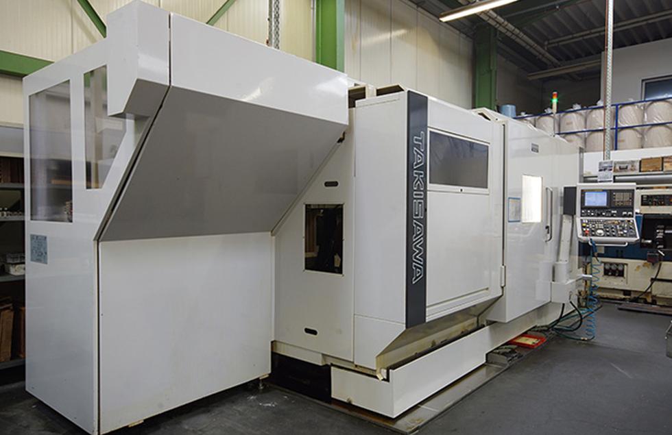 mechanische metallbearbeitung schoenebeck mierwald gmbh firma unternehmen drehen fraesen fraesmaschine fraeszentrum maschine bearbeitungszentrum TAKISAWA-TMM-250-M3