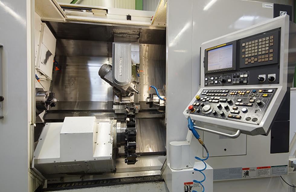 mechanische metallbearbeitung schoenebeck mierwald gmbh firma unternehmen drehen fraesen fraesmaschine fraeszentrum maschine bearbeitungszentrum TAKISAWA-TMM-250-M3 takisawa